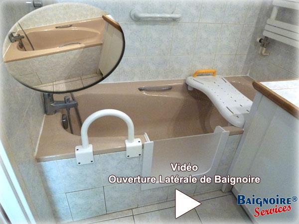 ajoutez une porte votre baignoire pour transformer votre. Black Bedroom Furniture Sets. Home Design Ideas